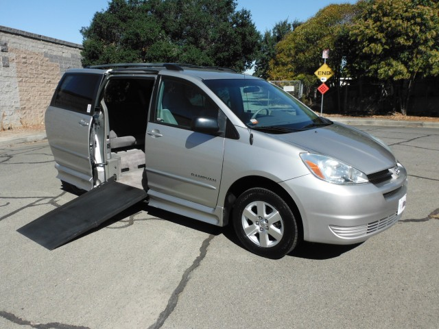 2005 Toyota Sienna LE IMS Toyota Wheelchair Van For Sale
