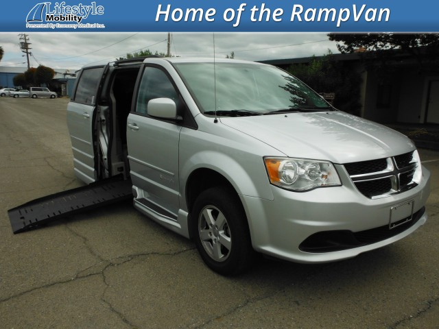 2011 Dodge Grand Caravan BraunAbility Dodge Entervan XT Wheelchair Van For Sale