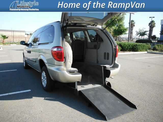 2006 Dodge Grand Caravan Vision Rear Entry Vision Rear Entry Power Wheelchair Van For Sale