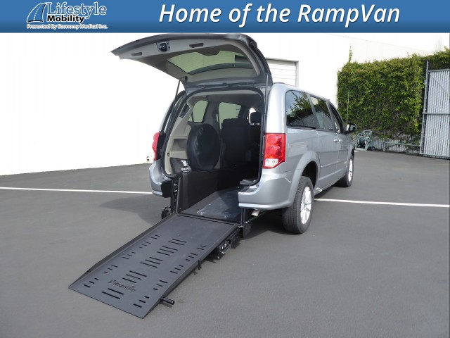2016 Dodge Grand Caravan BraunAbility Dodge Manual Rear Entry Wheelchair Van For Sale