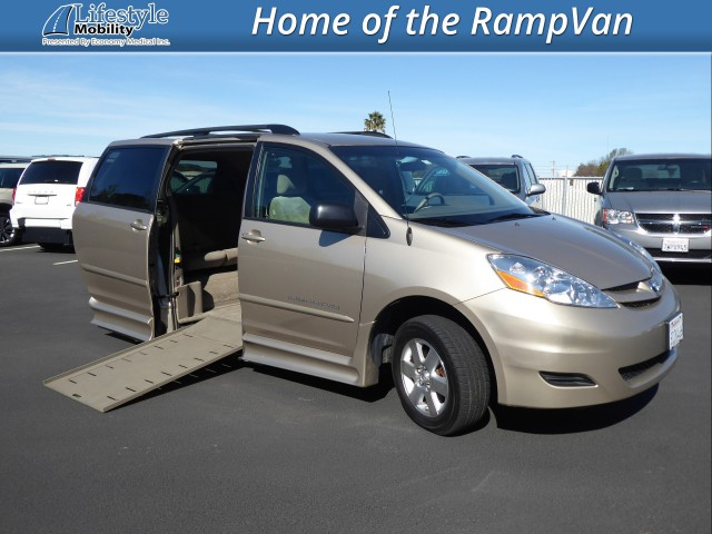 2007 Toyota Sienna BraunAbility Rampvan Xi Wheelchair Van For Sale