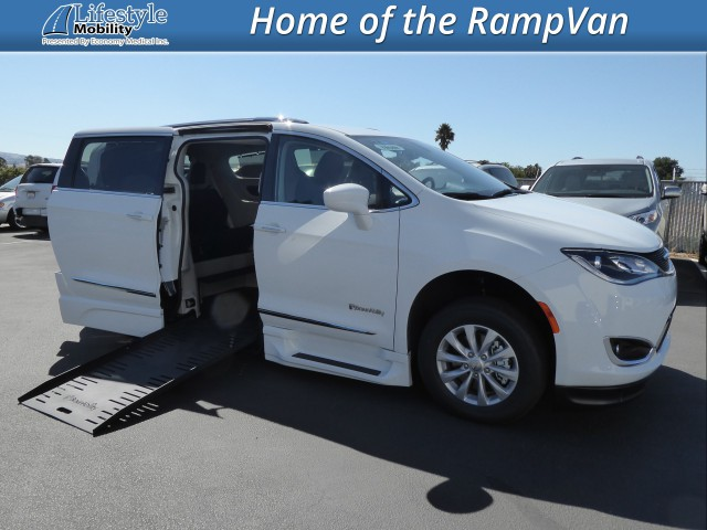 2019 Chrysler Pacifica  Wheelchair Van For Sale