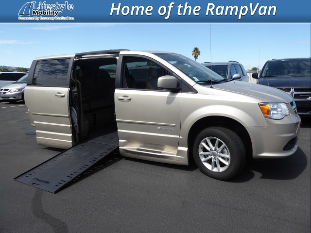 2015 Dodge Grand Caravan BraunAbility Dodge Entervan Xi Infloor Wheelchair Van For Sale