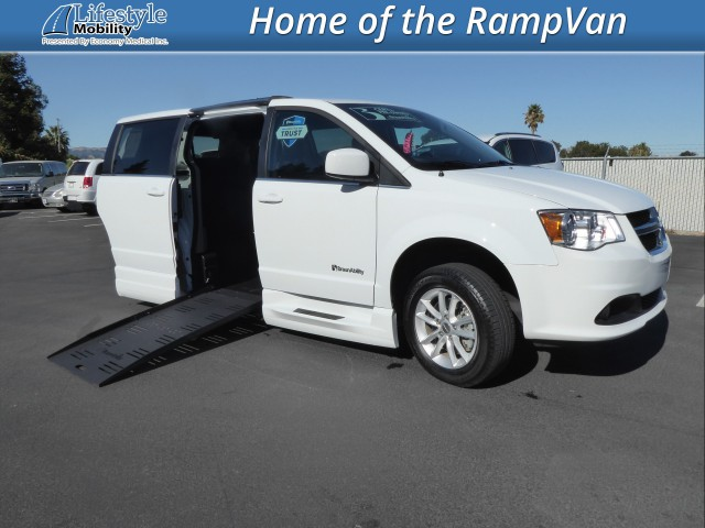 2019 Dodge Grand Caravan BraunAbility Chrysler Pacifica Foldout XT Wheelchair Van For Sale