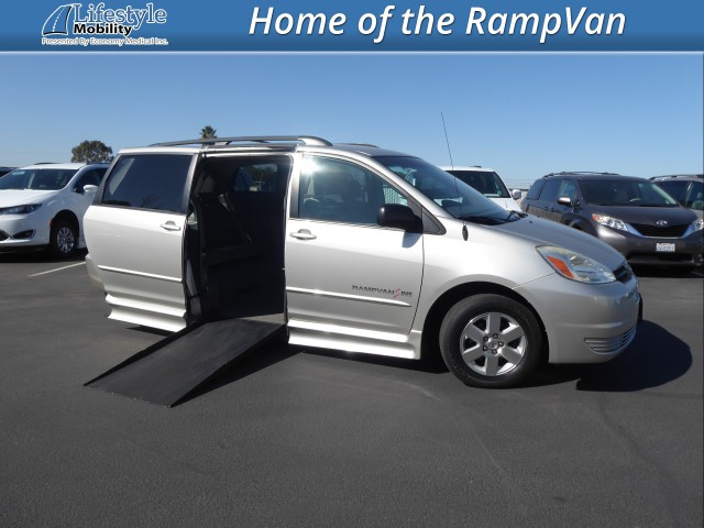 2004 Toyota Sienna IMS Toyota Wheelchair Van For Sale